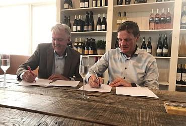 Ondertekening contract Unica